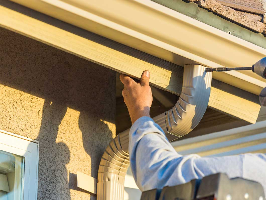 GUTTER REPLACEMENT & GUTTER REPAIRS